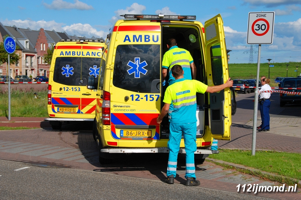 30-08-11_Ambulance_02-border