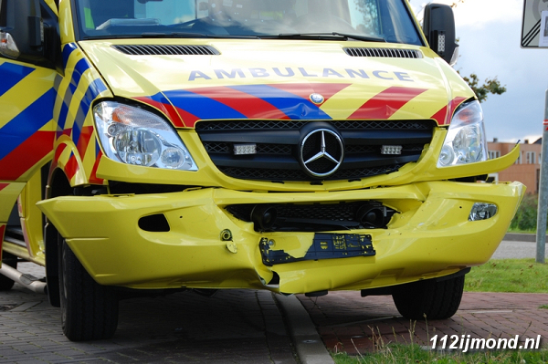 30-08-11_Ambulance_06-border