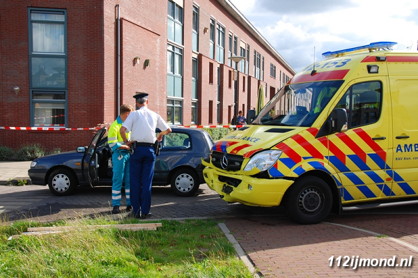30-08-11_Ambulance_09-border