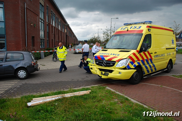 30-08-11_Ambulance_13-border