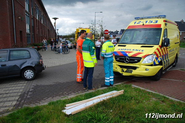 30-08-11_Ambulance_15-border